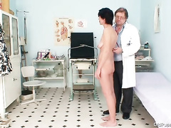 Mature housewife gets her pussy examined by a gyno