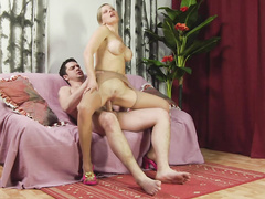 Hot mature lady on pantyhose hard fucked in twat