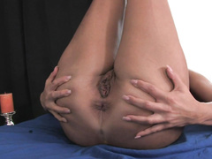 Sun-tanned madame likes to play with her pussy