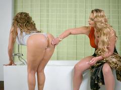 Stepmom Phoenix Marie is lesbian loving to watch Richelle Ryan stripping