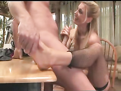 Blonde therapist makes her patient cum with her feet