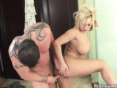 Awesome blonde hottie Shyla Styles loves dirty anal