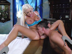 Hot blonde Summer Brielle enjoys cunnilingus from husband in bedroom