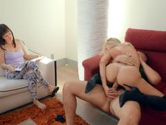 Brandi Love shakes her amazing ass on the hard dick