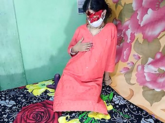 Traditional Indian Housewife Serving Pussy With Her Husband