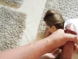 Красотка вылизала очко, облизала пальцы на ногах и проглотила всю сперму любимого до последней капли