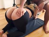 Workout Fuck With Perfect Big Ass Latina On Yoga Pants