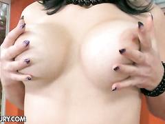 Curvy beauty Nanny treating her holes till orgas,